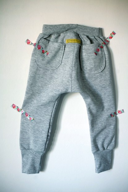 jogging-gris-dos-small